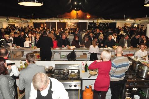 DMMU Gastro show i publika