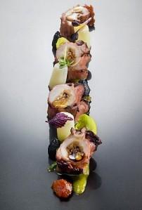 Bratovz hobotnica-ikebana