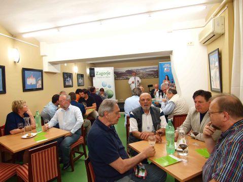 Dvorana Kluba Zagoraca: veliko zanimanje za susret zagorskih vina i dalmatinskih plavaca