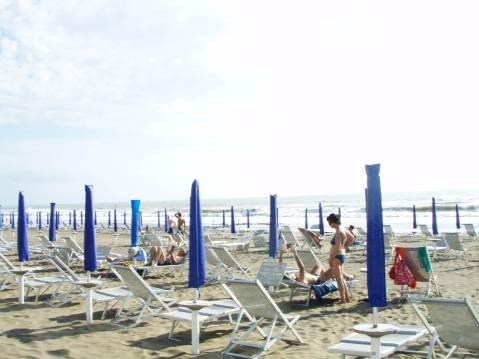 Marina di Castagneto - dugačka pješčana plaža na obali Tirenskoga mora