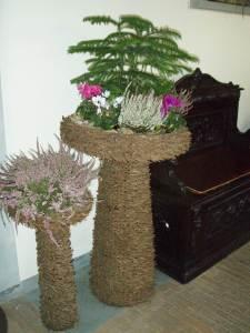 Zanimljiv Cipressov cvijetni aranžman kao ukras u sobi