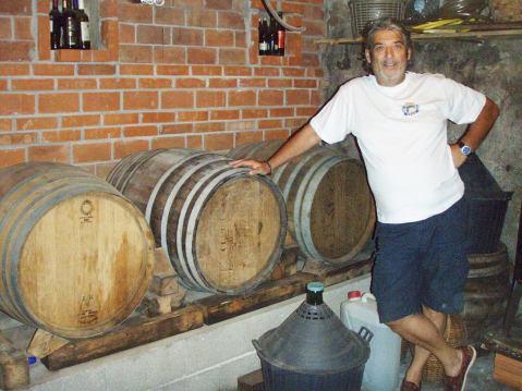 Dizajner, fotograf, likovni umjetnik, glazbenik, proizvođač vina i travarica: Ivo Raič