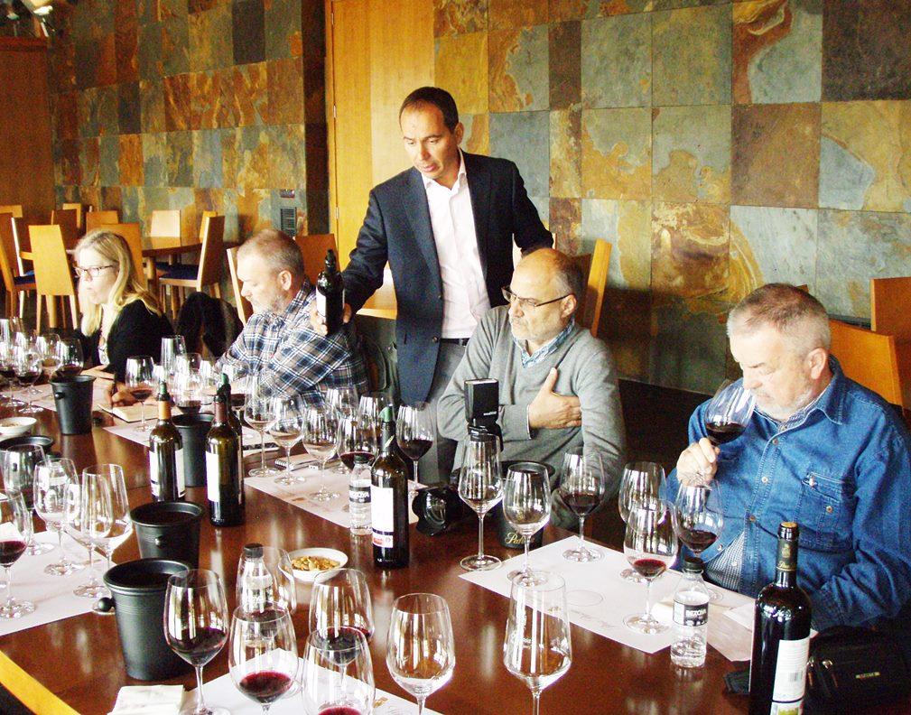 Datiranje antičkih čaša za vino