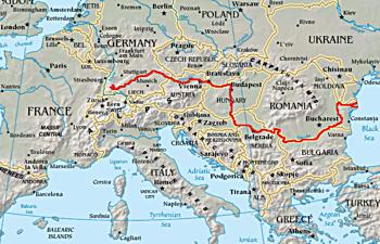 Tok Dunava od izvora do Crnog mora, I, desno,bog rijeka Danub – fontana posvećena njemu u Beču