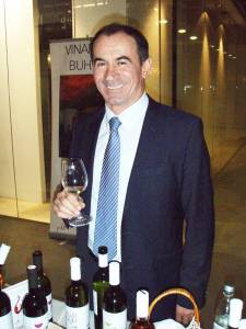 Mladen Papak, donedavna u Iločkim podrumima, sad uspješno nastupa samostalno, s vlastitim vinima