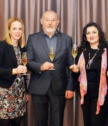 Nina Levičnik, Rado Stojanovič i Marija Vukelić (Julio Frangen)