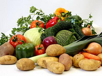 Povrće: u Novinarskom domu na okruglom stolu o hrani čulo se da uvozni krumpir nerijetko sadrži preparate koji izazivaju alergije ali i one koji su kancerogeni
